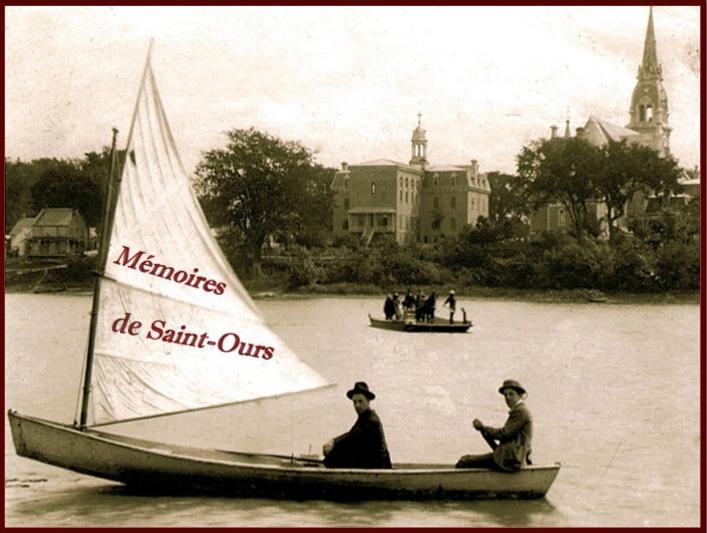 Logo de Mémoires de Saint-Ours sur chaloupe et traversier à Saint-Ours, 1904. Collection: Famille Coderre