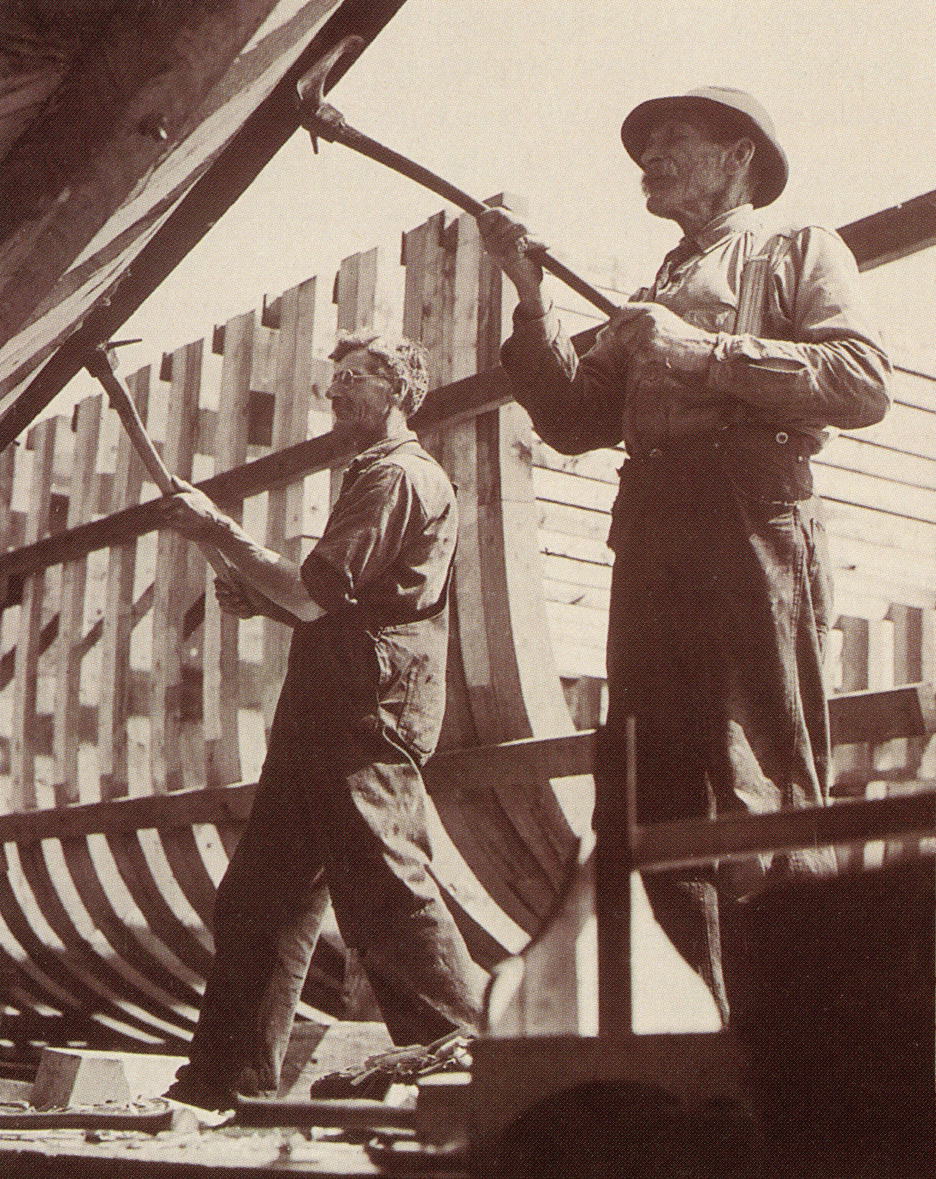 Travailleurs au chantier, construction de balayeurs de mines, 1942 © Parc maritime de Saint-Laurent